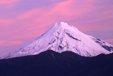 Mt Taranaki / Egmont at dusk
